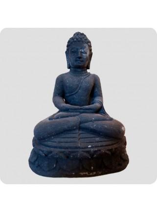 Siddende Buddha 20 cm sort sten
