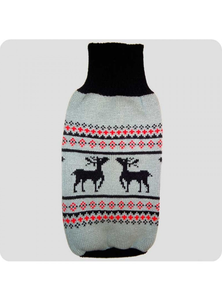 Sweater with reindeers M