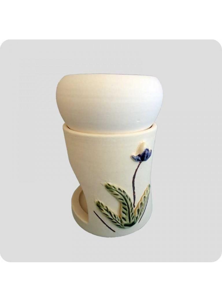 Oil burner white ceramic with flower giftwrapped
