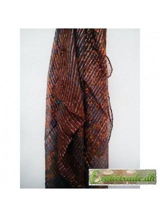 Pynte tørklæde brunt