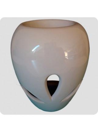 Aromalampe hvid keramik med bladformede udskæringer